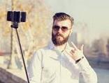profollica selfie